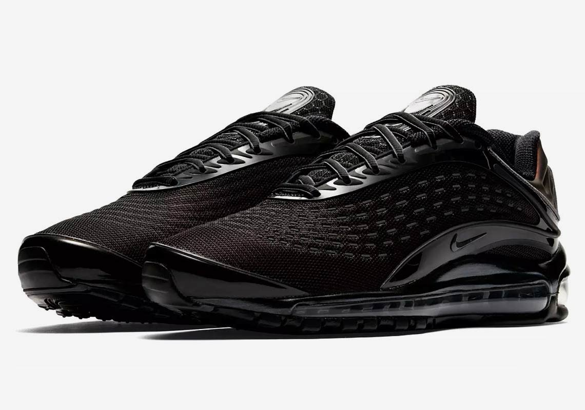 the best attitude 32cc5 5d85a The Nike Air Max Deluxe Almost Goes Triple Black