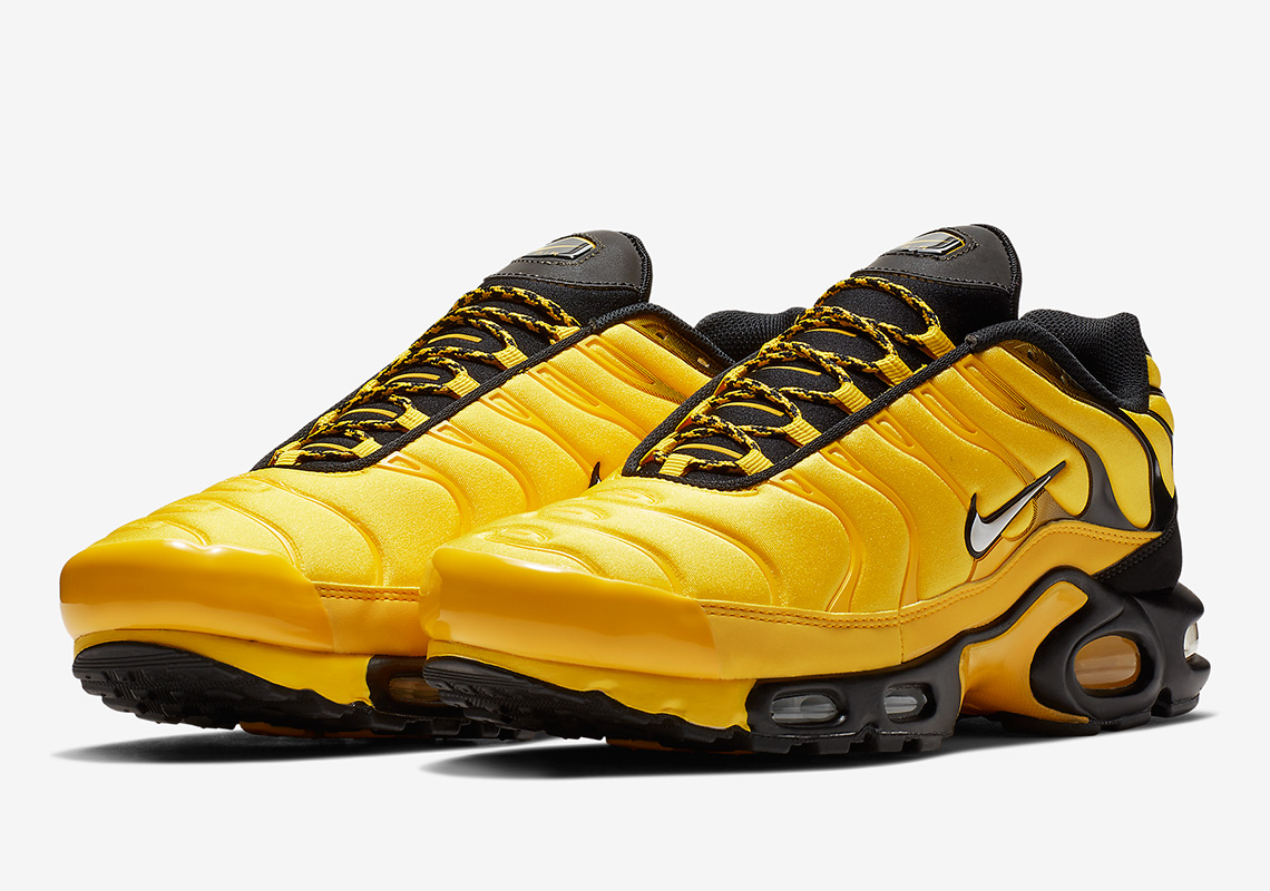 free shipping 036e7 dfda3 This Nike Air Max Plus Honors Hip Hop Mixtapes