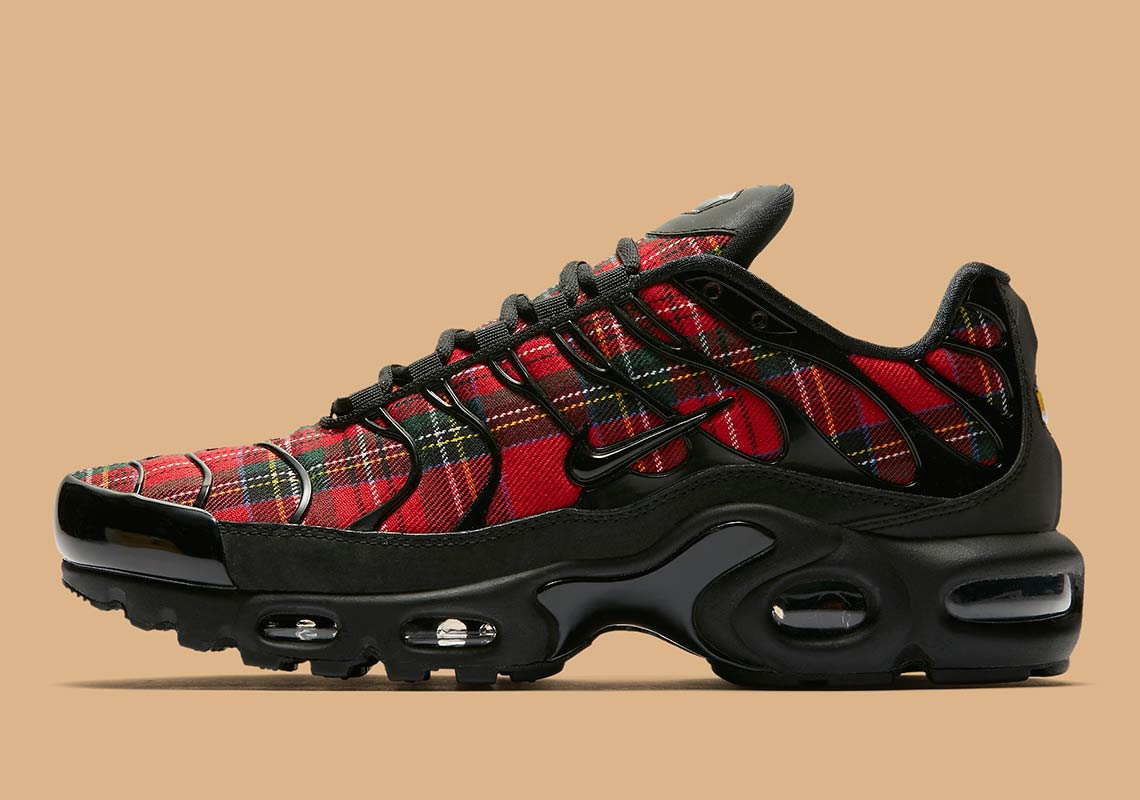 The Nike Air Max Plus Prepares For Fall With Tartan Prints