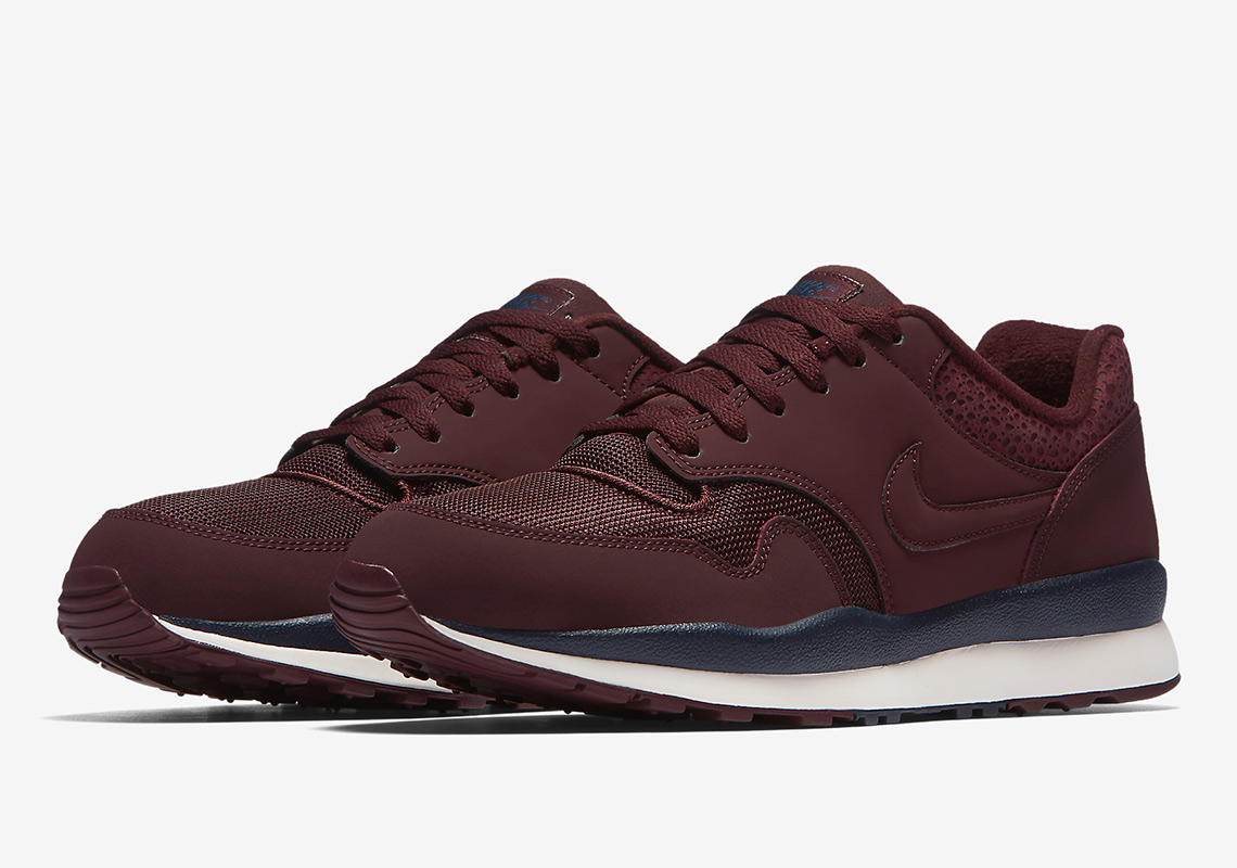 The Nike Air Safari Continues Its Comeback With Two Autumn Options 131d8914b