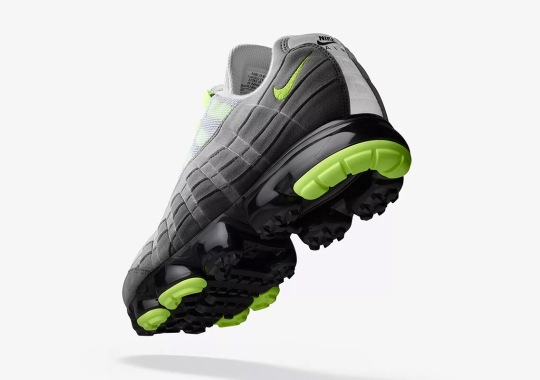 Nike Vapormax 95 Debuts In The OG Neon Colorway