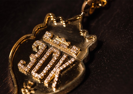 LeBron James Gets Custom Diamond And Gold LeBron 15 Worth Over $100,000