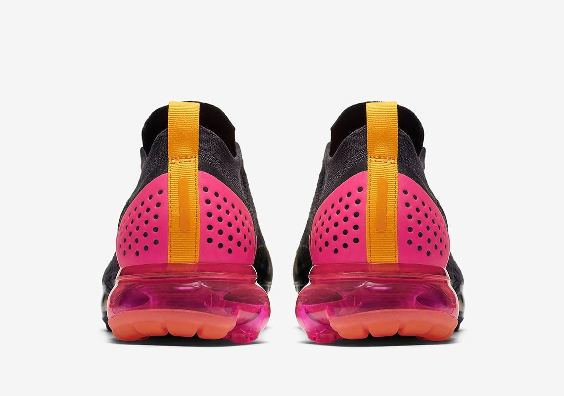 quality design c07f2 1d83e Nike WMNS Air VaporMax Moc 2 Pink Blast Gridiron Pink Blast-Black-Laser  Orange