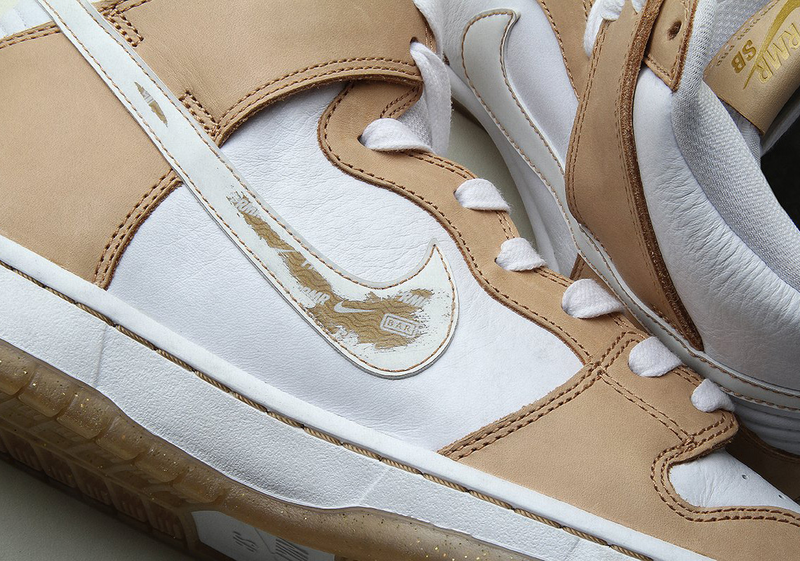 online store 4f48f 8cbe6 Premiers Nike SB Dunk High Features A Limited Edition Hidden Detail