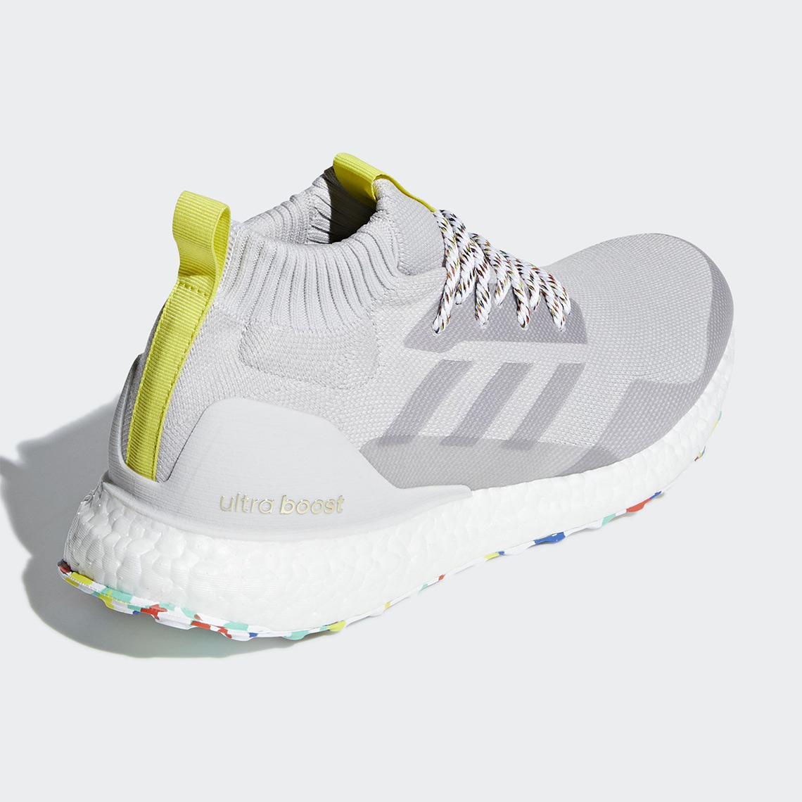Adidas Ultra Sneakernews Mid Boost G26842 com G26841