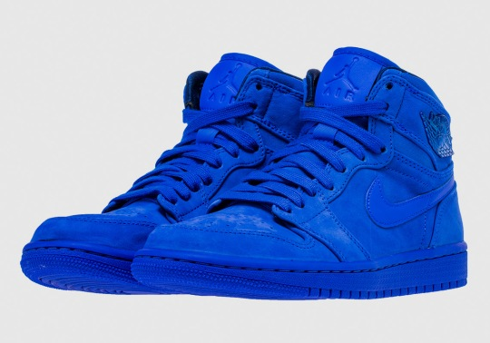 Air Jordan 1 High Premium Goes Full Royal Suede