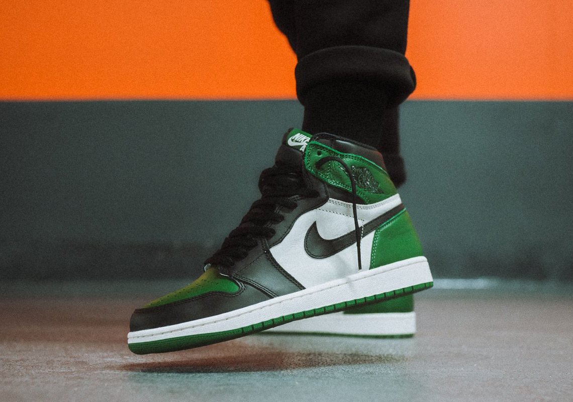 370dfd192dbe93 Air Jordan 1 Pine Green Where To Buy