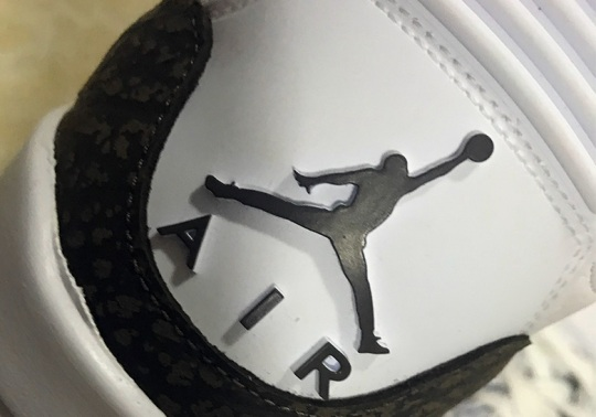 "First Look At The Air Jordan 3 ""Mocha"" Retro"