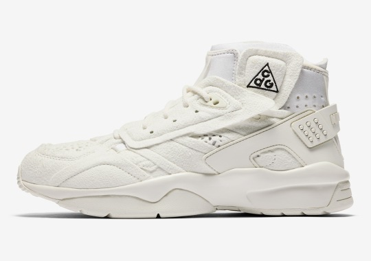 Official Images Of The COMME des Garcons x Nike Mowabb In White