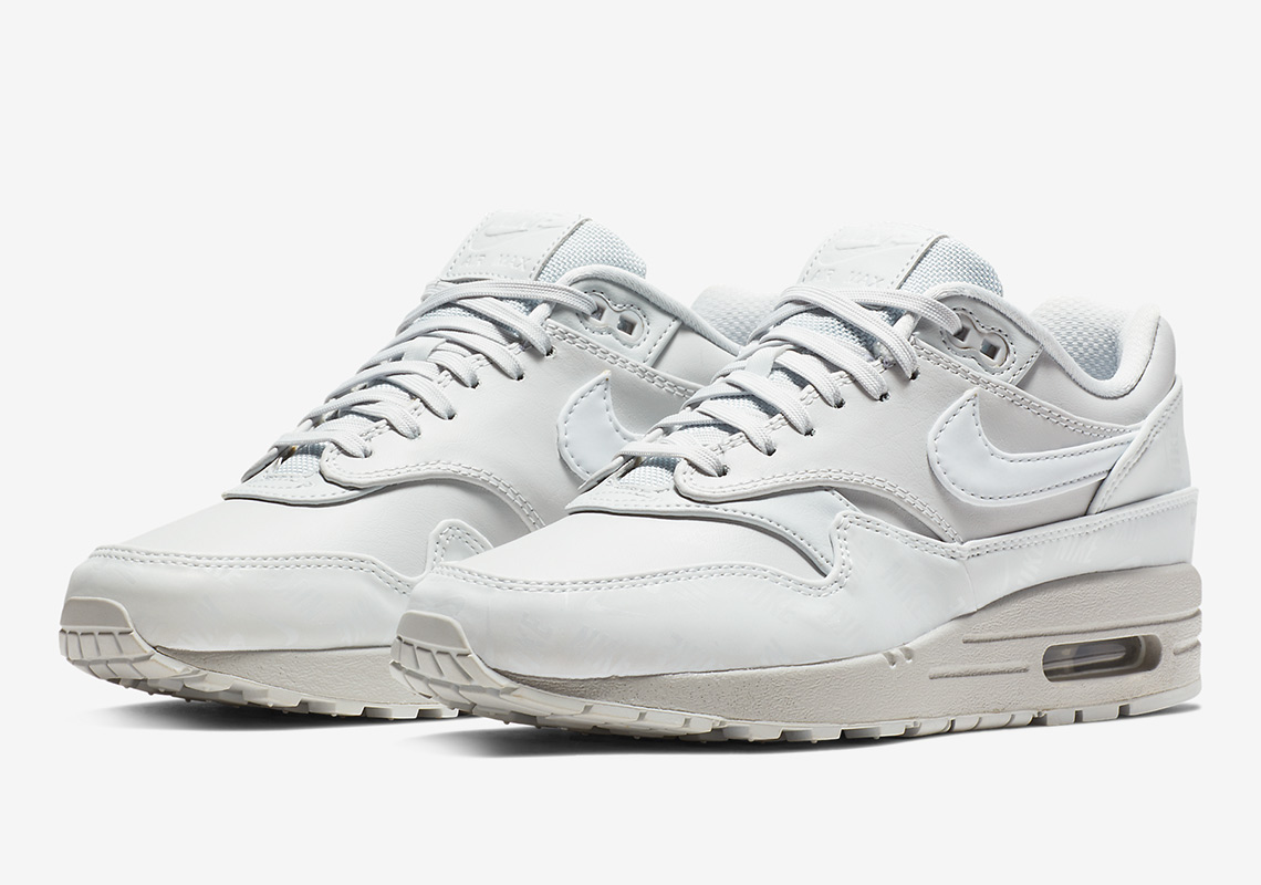 nike air max 1 lx 917691 002 1 - Nike Air Max 1 LX 917691-002 Available Now