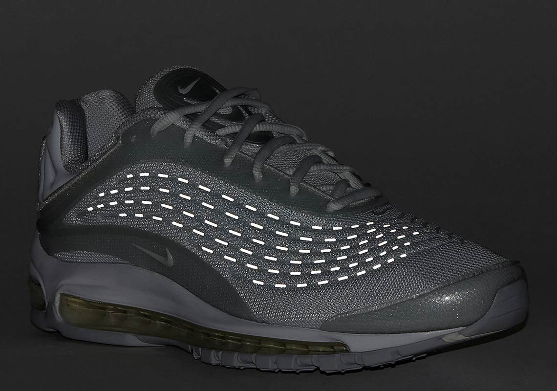 bcefb9a9eb Nike Air Max Deluxe Pure Platinum AV2589-100 | SneakerNews.com