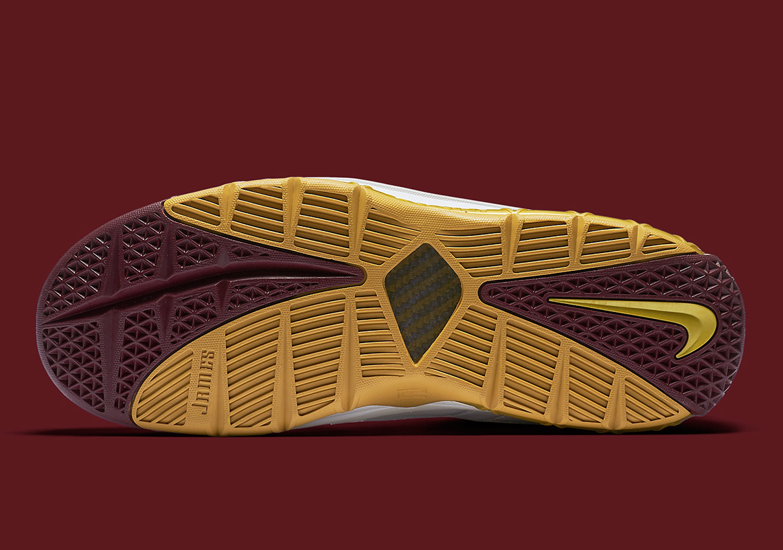 a629091309e0 Nike LeBron 3 CTK Christ The King BQ2444-100 Release Info ...