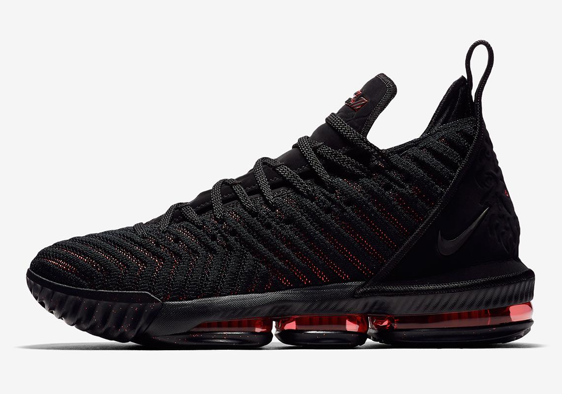 design de qualité 4ac7c eaf4f Une Nike LeBron 16 Oreo en approche Le Site de la Sneaker