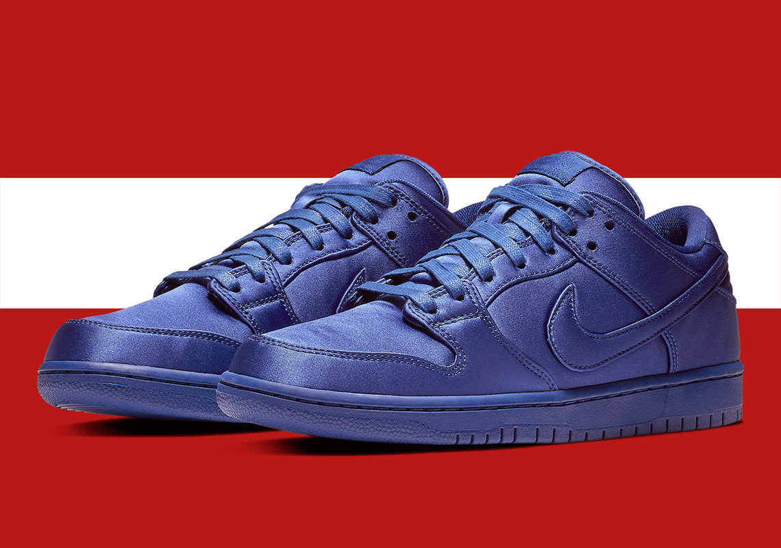 26380ef1ac5b34 sb dunk royal blue Inspired by rocky red planet ...