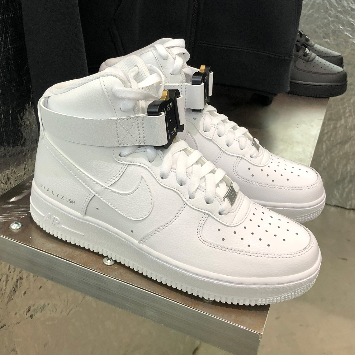 best loved d6e62 f0ed3 ALYX Nike Air Force 1 High Hypefest | SneakerNews.com