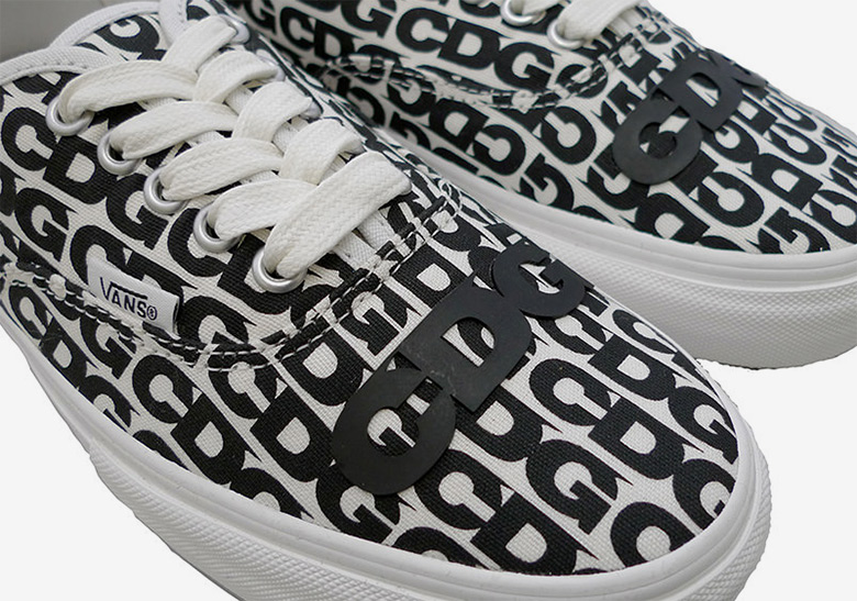 7e10d1fd1009 Comme des Garçons CDG And Vans To Release An Authentic This Weekend In Japan