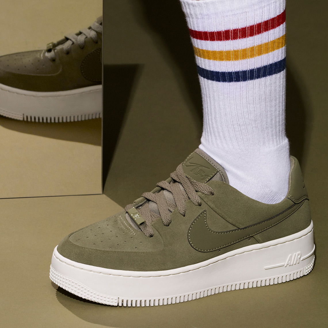 nike air force 1 holiday 2018 5 - Nike Air Force 1 Holiday 2018 Release Info