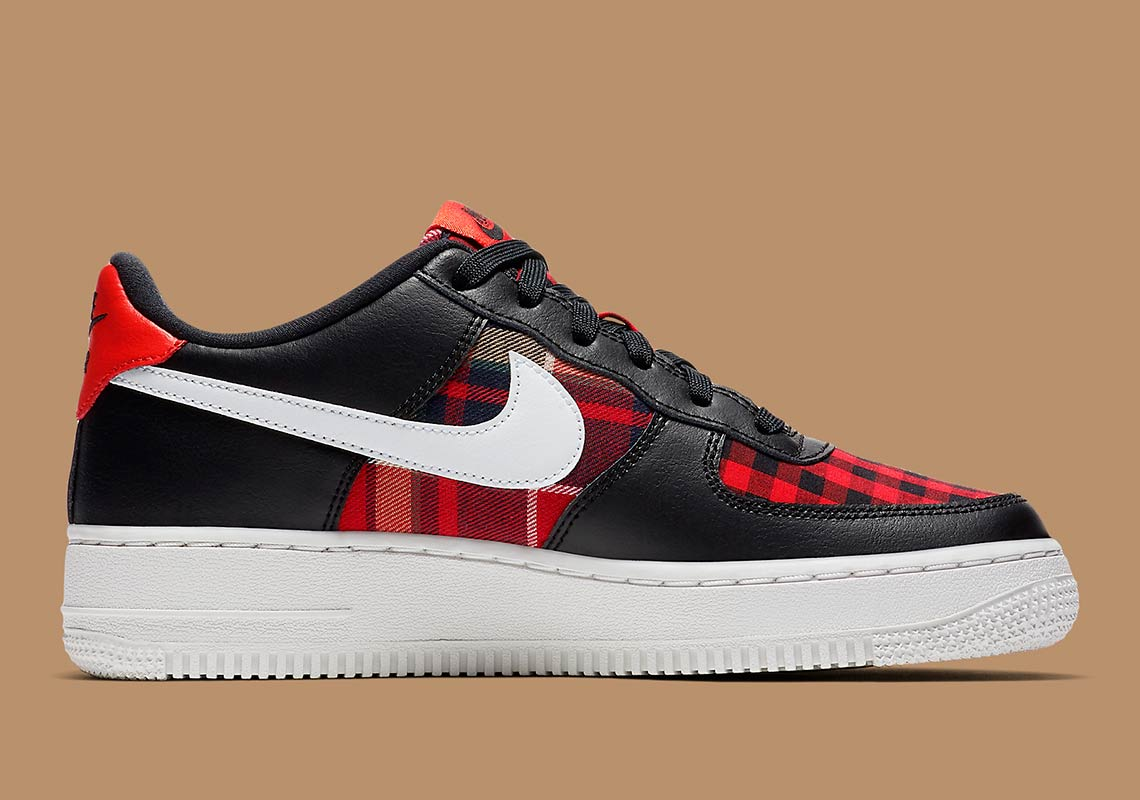 official photos 90943 8e90c Nike Air Force 1 Low GS Color BlackSummit White-Habanero Red
