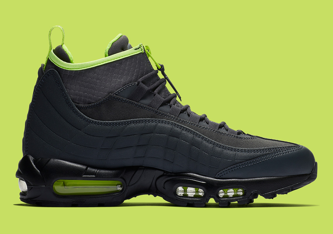 Black And Volt come to The Nike Air Max 95 Sneakerboot