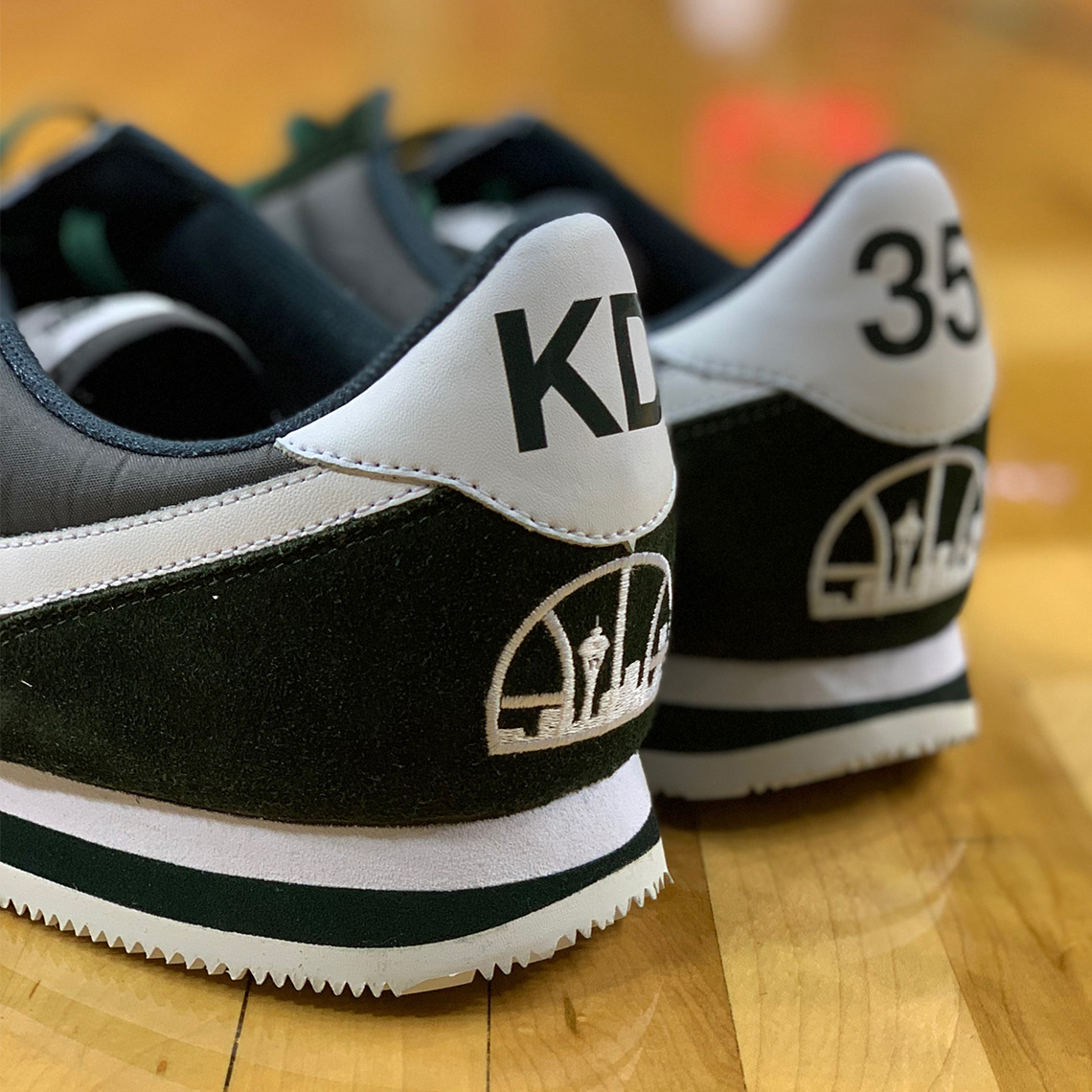 brand new 7811d dff81 Kevin Durant Wears Nike Cortez