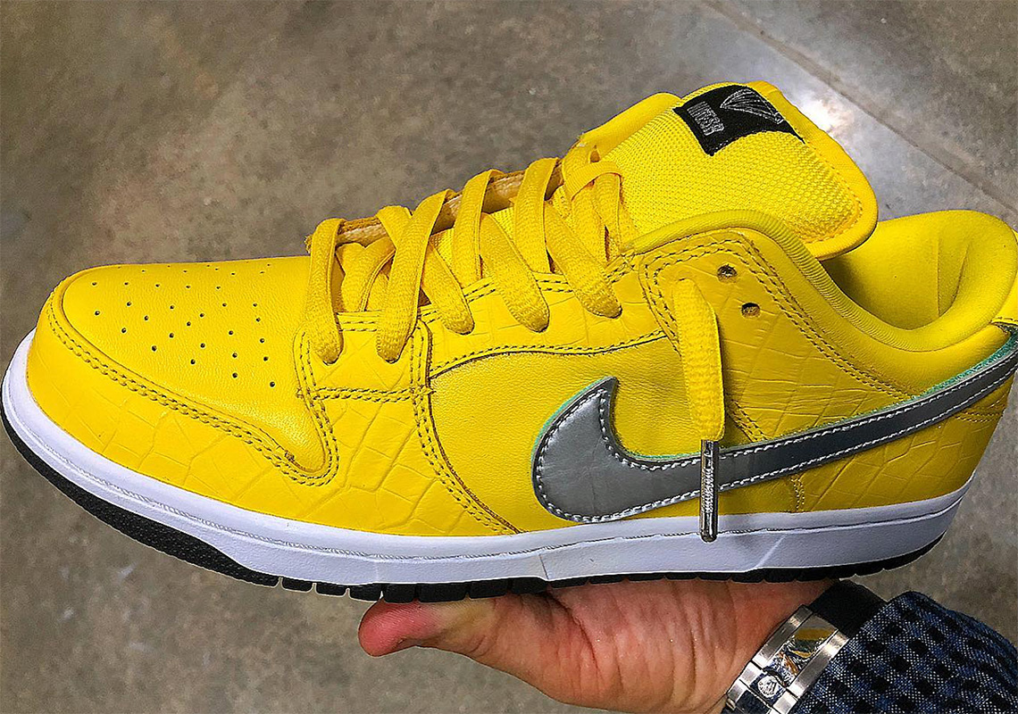 "fd594eed49 Diamond Supply Co. Is Releasing A Third ""Yellow Diamond"" Nike SB Dunk"