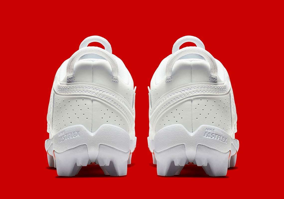 6911fb97b3e Odell Beckham Jr Nike Cleats BV8205-100 Buy Now