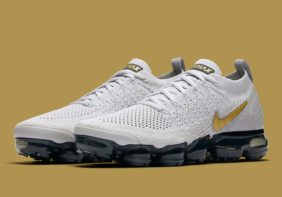 "e6356a5407ac2 Nike Vapormax Flyknit 2 ""Metallic Gold"" Is Coming In November"