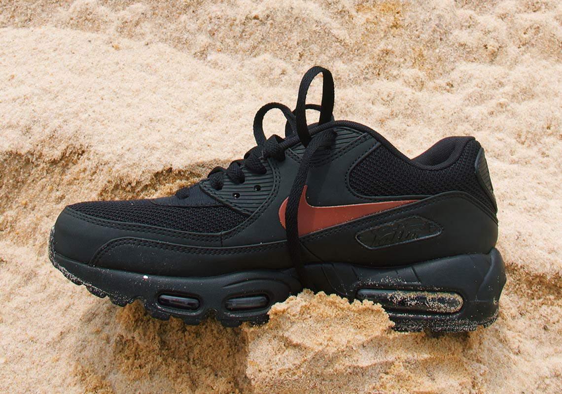 49c30effa7310 Patta x Nike Air Max 95 90. Release Date  October 20