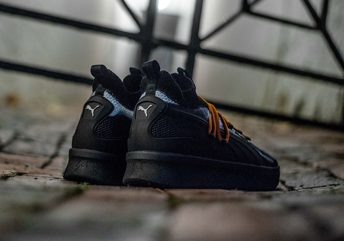 purchase cheap b7ce0 1e01c Puma Clyde Court Disrupt Halloween Release Date ...