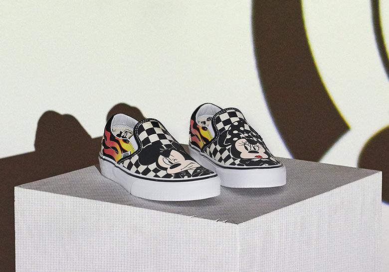 Vans x Disney Old Skool Disney Mickey Mouse Shoes