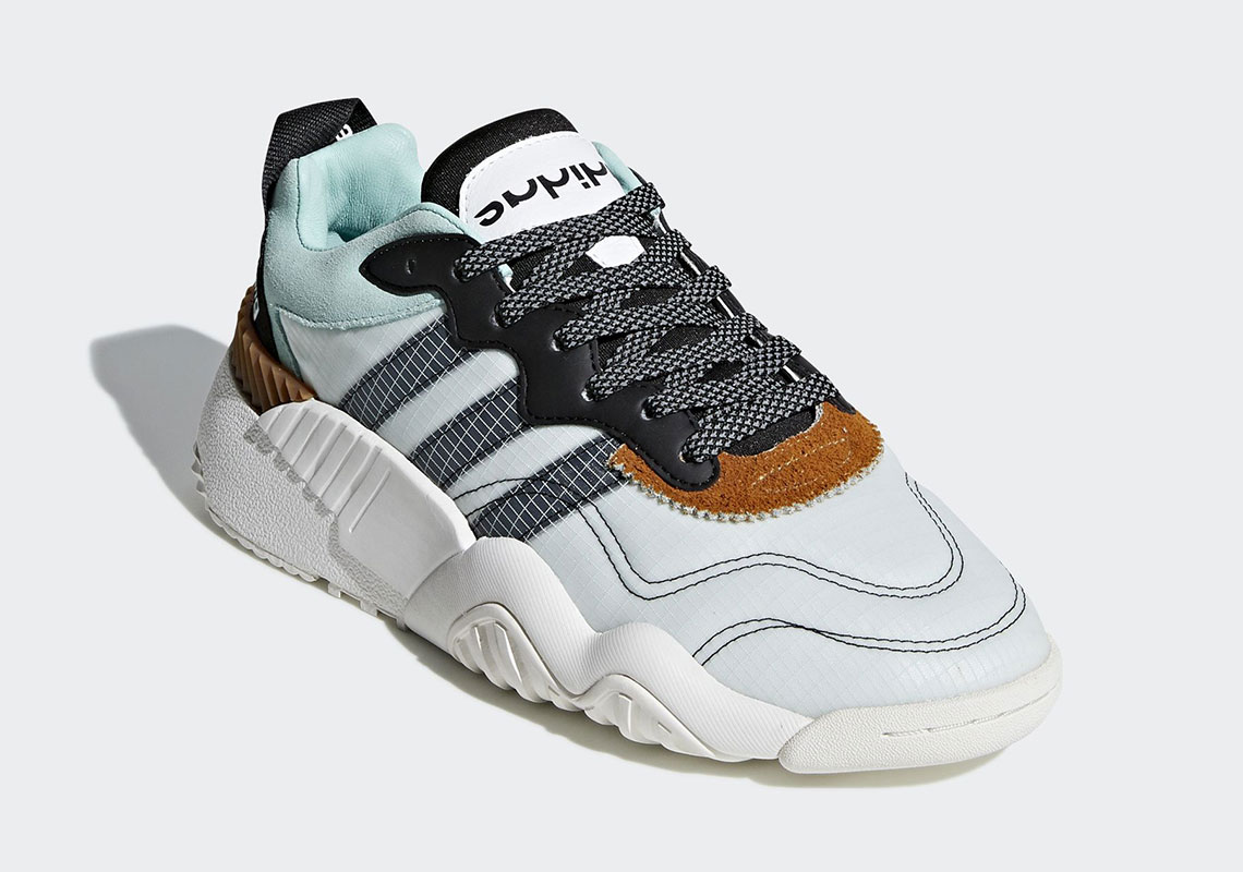 new product 901ca 5cd3c adidas x AW Skate Super Release Date November 14th, 2018 220. Color  WhiteCore BlackTech Silver Style Code F35295