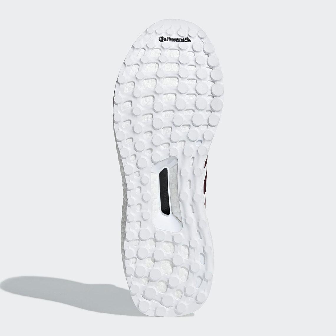 adidas Ultraboost 4.0 Shoe Men's Running WhiteMaroon