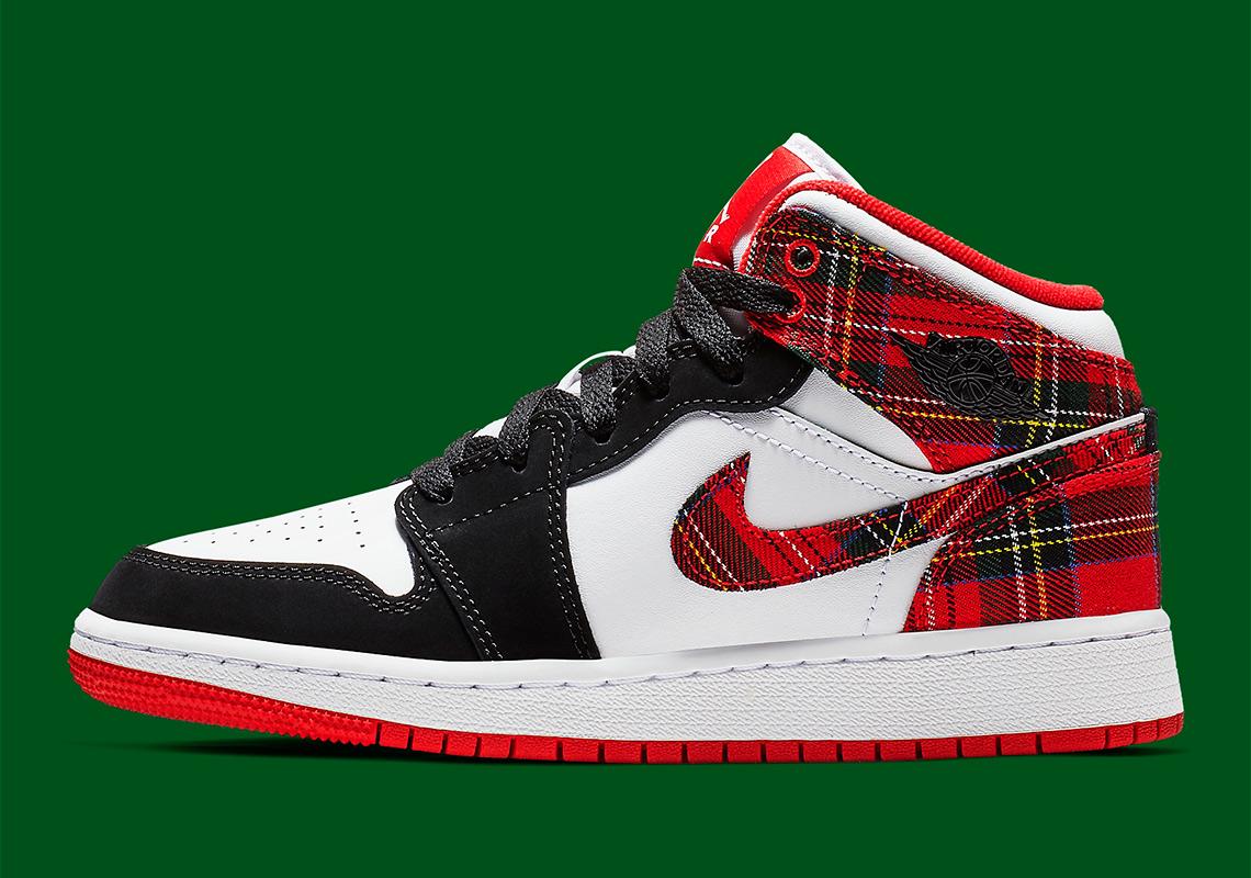 c03e96d3043 Air Jordan 1 Mid GS 554725-607 Release Info | SneakerNews.com