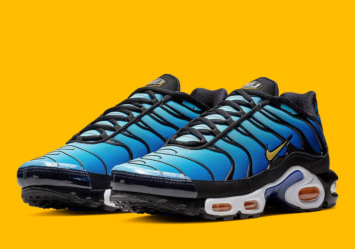 promo code 195f7 00e51 Nike Air Max Plus Hyper Blue BQ4629-003 Where To Buy   SneakerNews.com
