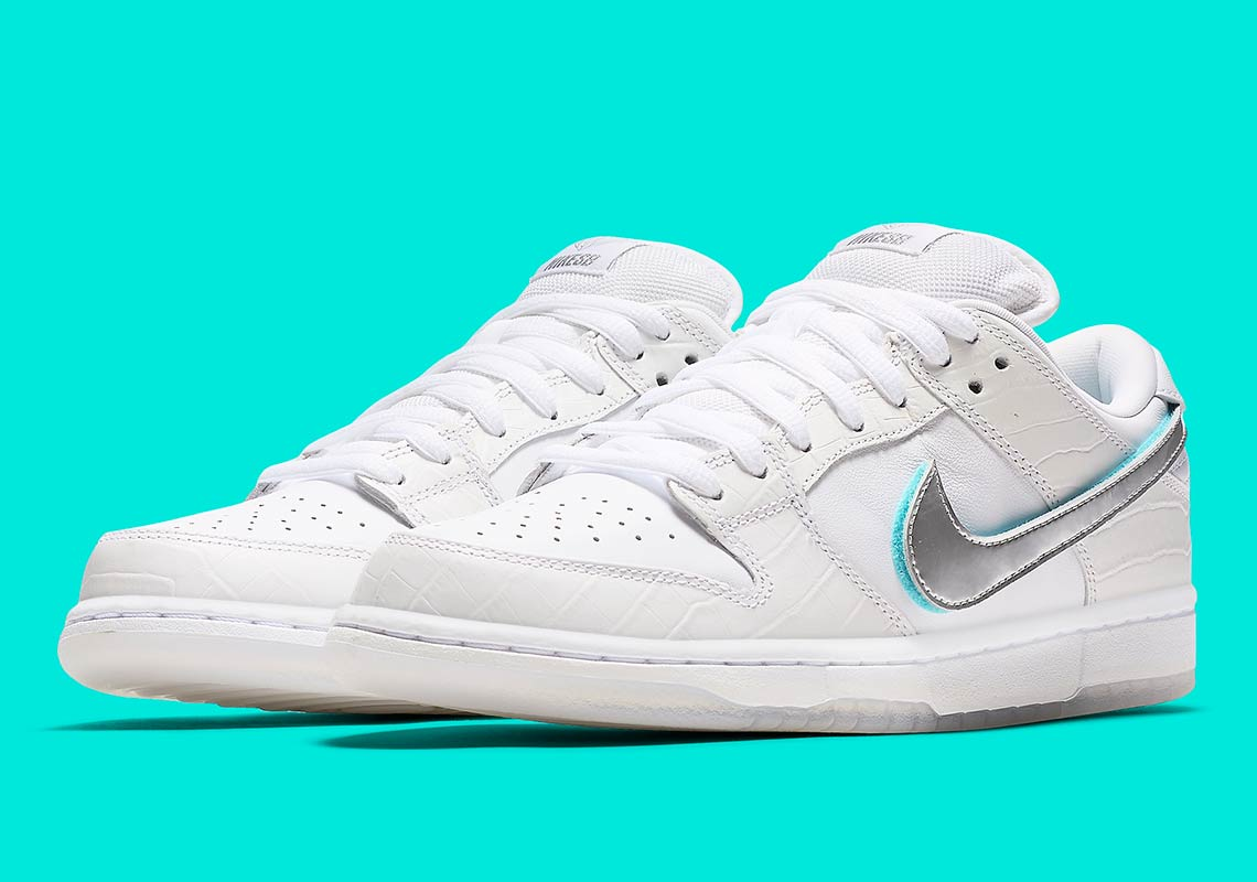 c0c752abb4 For more Diamond news, be sure to check out the ComplexCon exclusive yellow Diamond  Dunks as well. Advertisement. Diamond x Nike SB Dunk Low