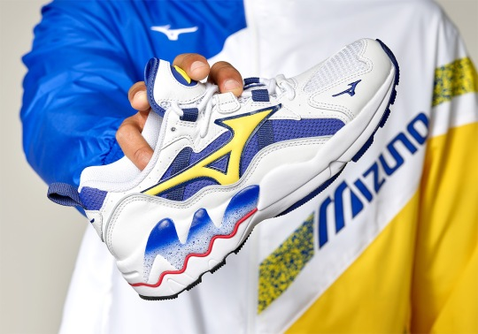 Mizuno Brings Back Another OG Colorway Of The Wave Rider 1