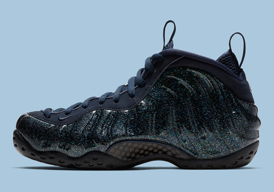 e006e642a538a Nike Foamposite One Obsidian Glitter AA3963-400