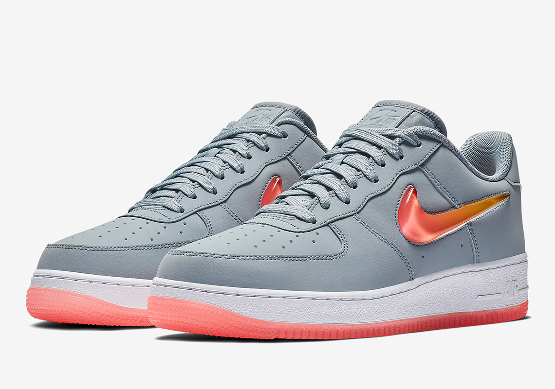 meilleur pas cher 5e0ca 370c1 Nike Air Force 1 Jewel AT4143-400 Release Info | SneakerNews.com