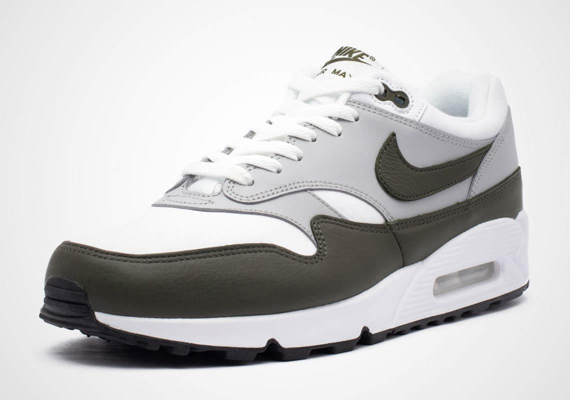 prix compétitif 05003 ccf5e Nike Air Max 90/1 Cargo Khaki AJ7695-001 Info | SneakerNews.com