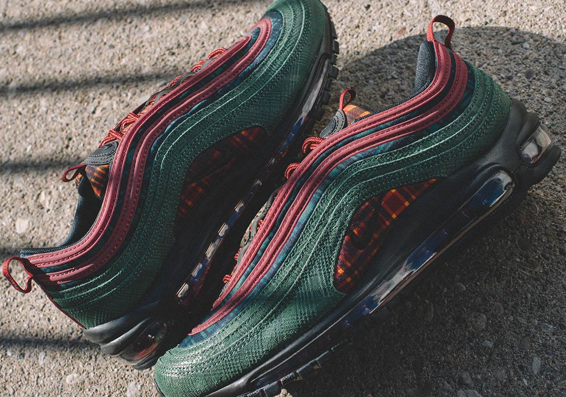 67b86d73530 Nike Air Max 95 + Air Max 97 Jacket Pack Store List