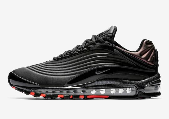 Glossy Black Accents Come To The Nike Air Max Deluxe