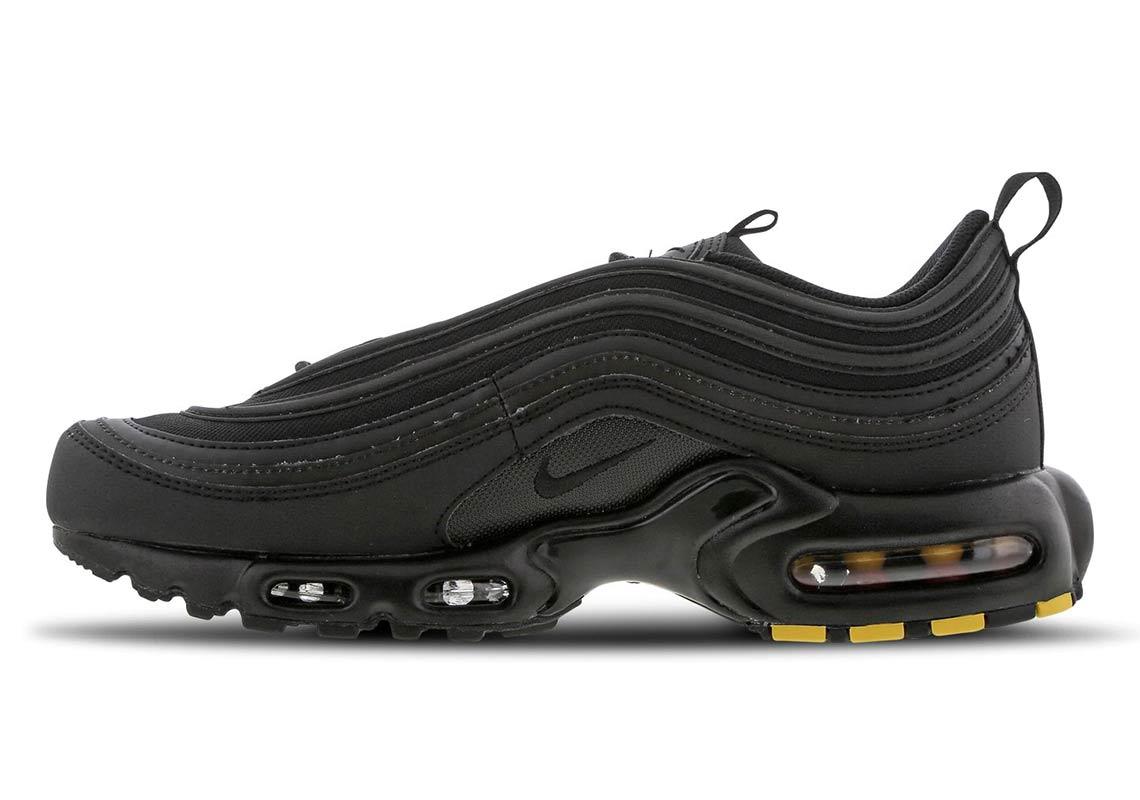 5a2e9802da53a Nike Air Max Plus 97 All Black Store List