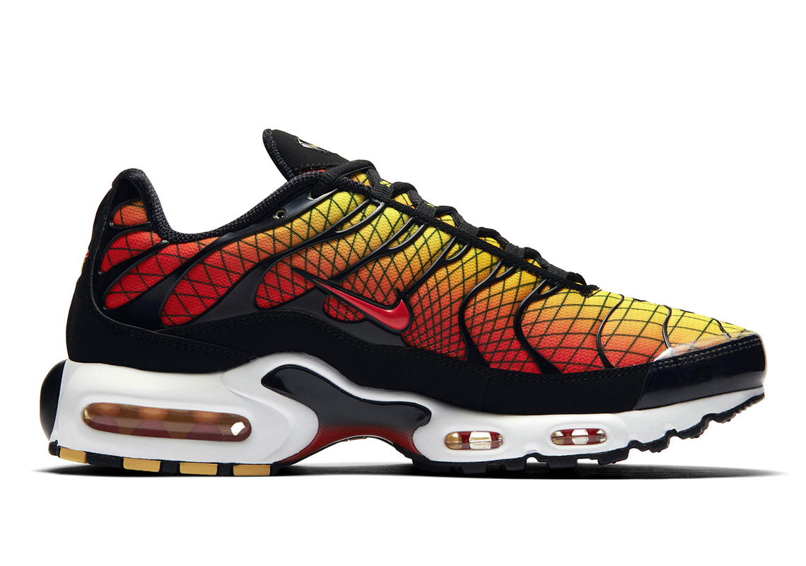 f3a116cac52ee5 Nike Air Max Plus Greedy Release Date