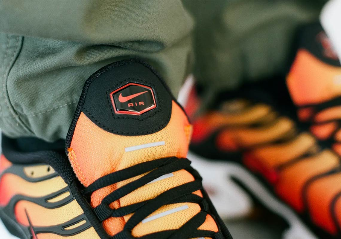 Nike Air Max Plus Sunset Release Date + Store Links