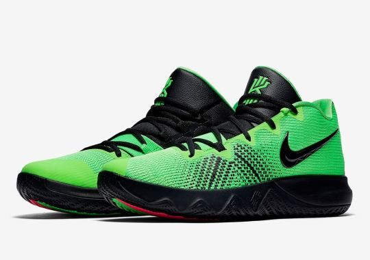d236e5e78909 Kyrie Irving Channels His Inner Grinch With The Nike Kyrie Flytrap