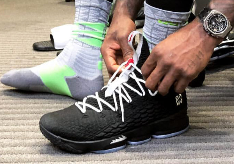 5a01d16fade7 LeBron Wears A 1-of-1 Nike LeBron 15 Inspired By The Air Jordan 5