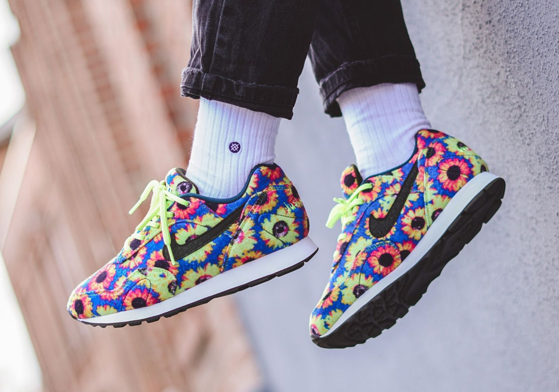 release date f6e47 13242 The Nike Outburst Appears With Full Floral Uppers