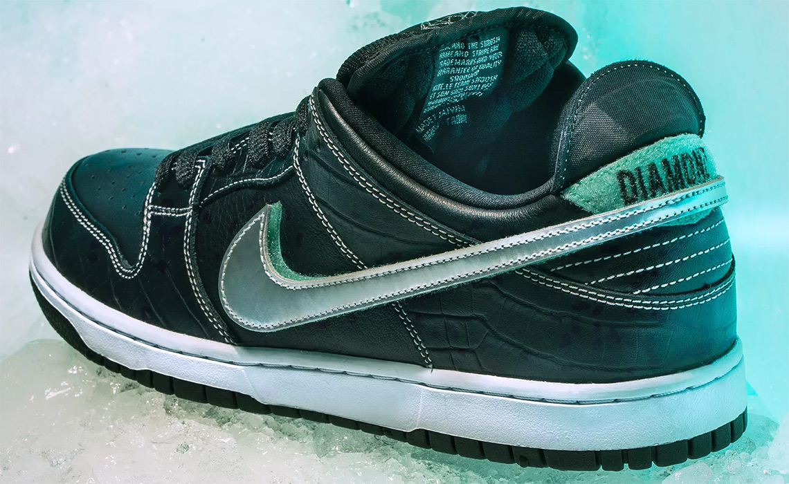 6e6e32bebc4c Diamond Supply Co. x Nike SB Dunk Release Date  November 10th