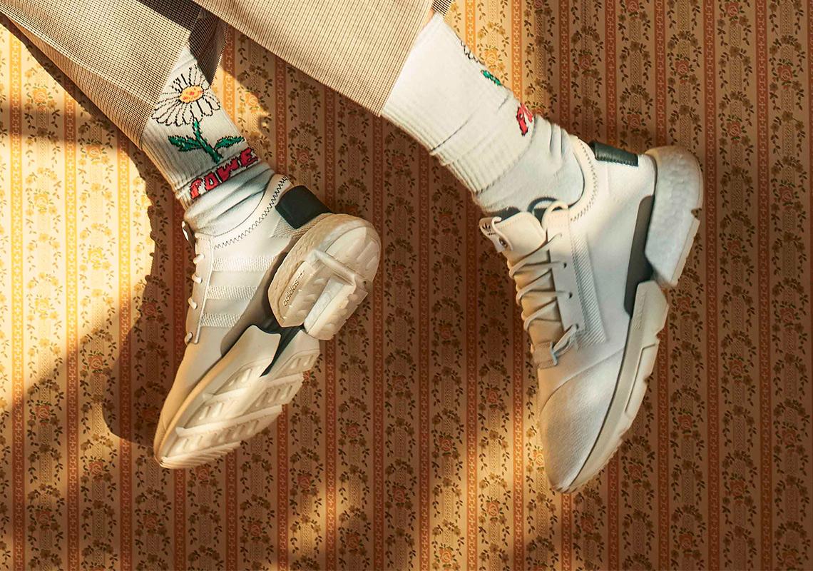 detailed look 2eeab fb16f Slam Jam adidas Superstar + POD s3.1 Release Info  SneakerNe