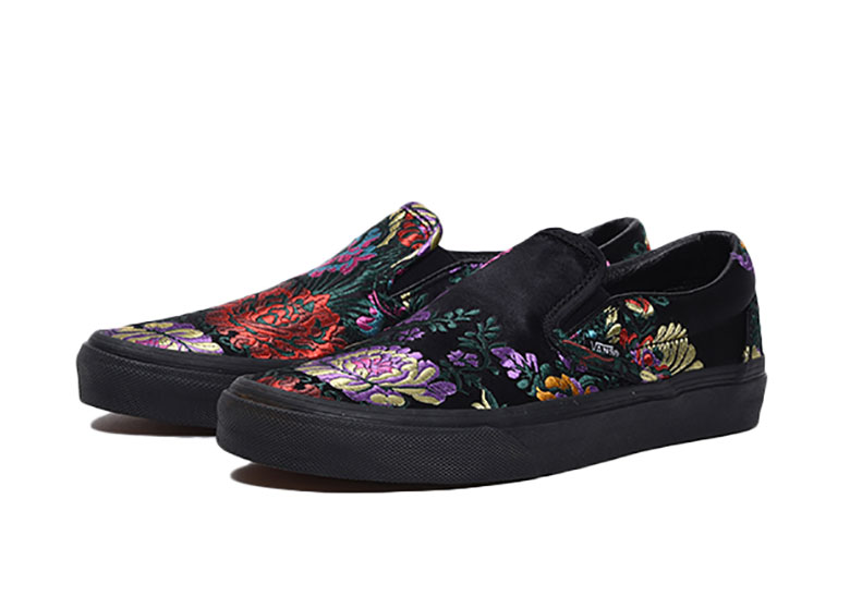 fff9f922b5 ... colorful range of old flowers through a luxe brocade finish. At a  retail of  60 USD